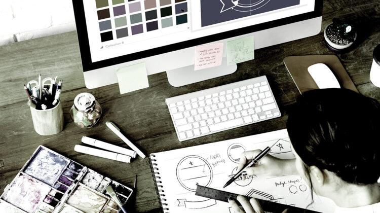 Graphic Designer กับ Art Director ต่างกันอย่างไร?
